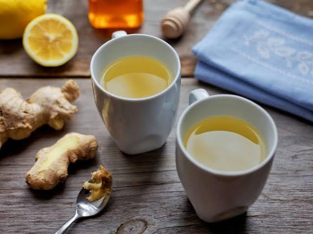 minum air lemon dan jahe untuk menghilangkan perut buncit secara alami