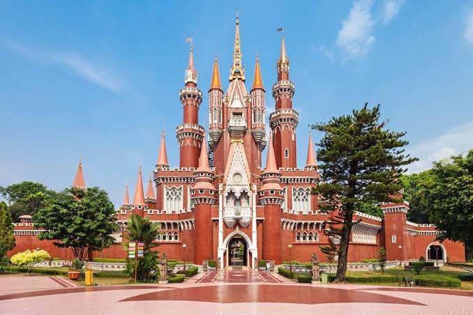 taman mini salah satu tempat wisata keluarga di jakarta dan sekitarnya