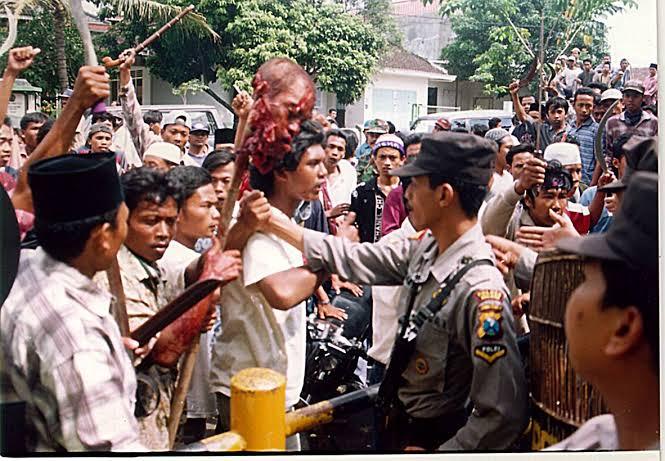 perang sampit salah satu peristiwa paling mengerikan dalam sejarah indonesia
