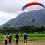 Bukit Tunggangan Trenggalek, Tempat Festival Paralayang Nasional